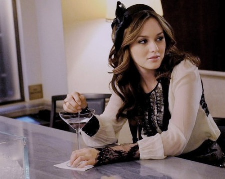 59560-gossipgirl-blair-waldorf-leighton-meester-martini-drink-bar