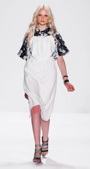 ss13_runway_images30_310x580